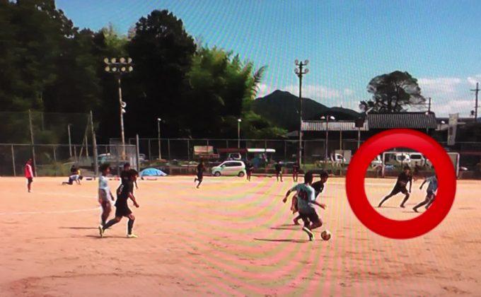 ボール奪取からのカウンターに繋がるパス